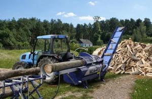 «дровокольный бизнес» на селе
