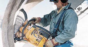 О современных типах бензопил, дровоколов и измельчителей